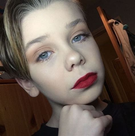 tutorial dandan cosplay masih 10 tahun kemuan makeup bocah ini bikin cewek