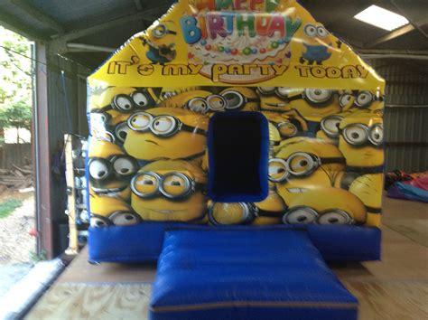 Minion Bounce House by 10 By10 Minion Saftey Play House Minion Bouncy Castles
