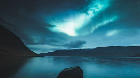 wallpaper northern lights iceland  nature