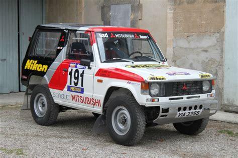 Kaos Rally Dakar Mitsubishi Pajero dakar class winner 1984 mitsubishi pajero bring a