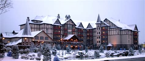 christmas inn pigeon forge tn life in tn pinterest