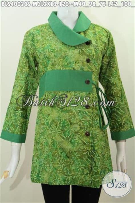 desain baju batik hijau busana blus warna hijau motif trendy proses cap smoke