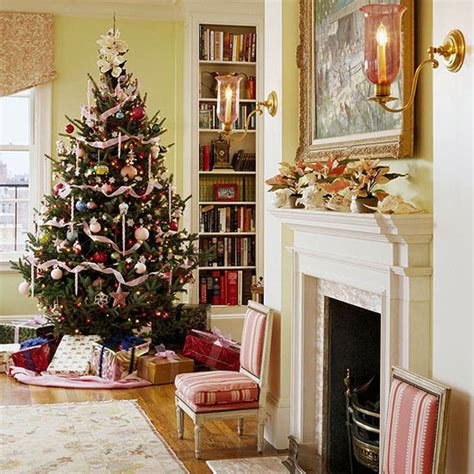 home christmas decorating ideas 40 traditional christmas decorations digsdigs