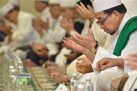 Kitab Simtu Duror pks maulid nabi saw di dpp pks akan gemakan kitab simtudduror