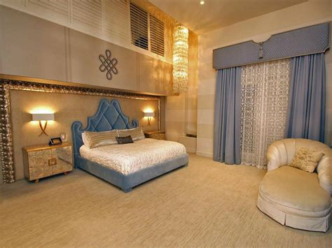 crystal bedroom decor 26 bedroom chandeliers designs decorating ideas design