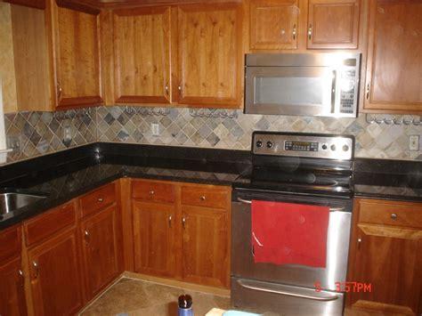 modern kitchen tile backsplash ideas with white cabinets