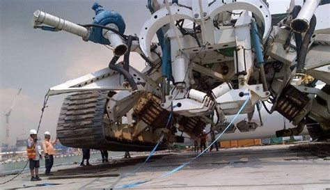 world s largest trencher the upgraded havila phoenix will have serious subsea
