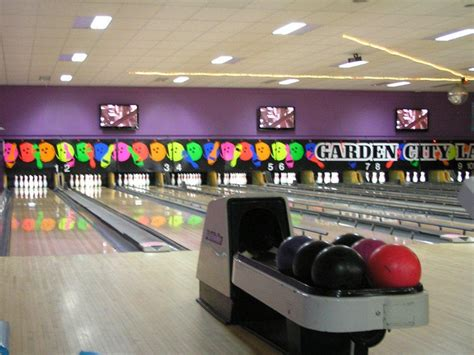 Garden City Bowling by Tourism In Toowoomba