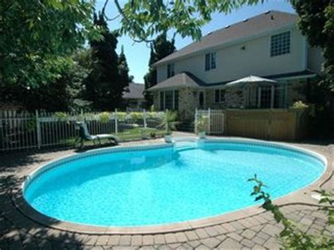 Cottages With Pool And Tub by 1 Naturom Spa Cottage Relax In Luxury Heated