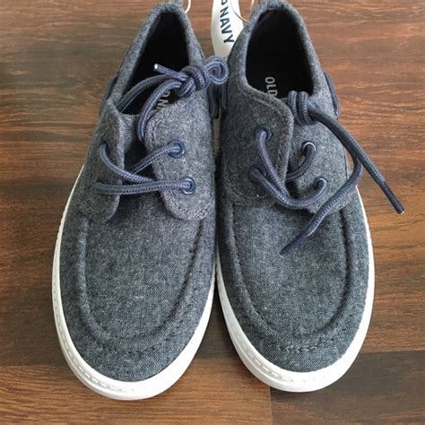 old navy boat shoes 56 off old navy other old navy little boys boat shoes