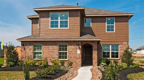 homebuilder dr horton reports better than expected profit