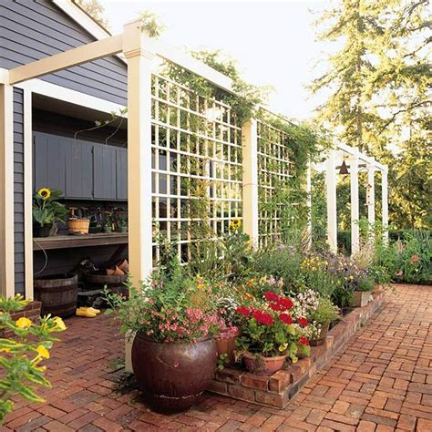 Garden Screening Ideas 12 Diy Trellis Designs For Privacy