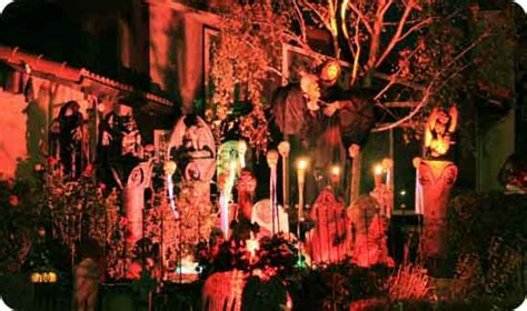 the scariest halloween decorations the house shop blog scary and creepy halloween front porch ideas homes com
