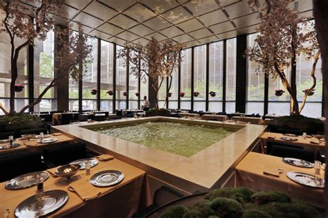 4 seasons pool room the four seasons home of the original power lunch closes daily mail