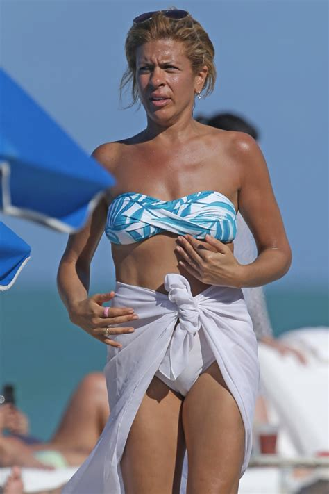 clearly comfortable smiles hoda kotb shows off her amazing 49 year old bikini body