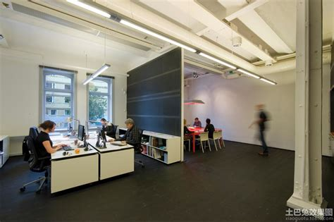 simple european style sales office reception room interior 60平米办公室布局设计图 土巴兔装修效果图