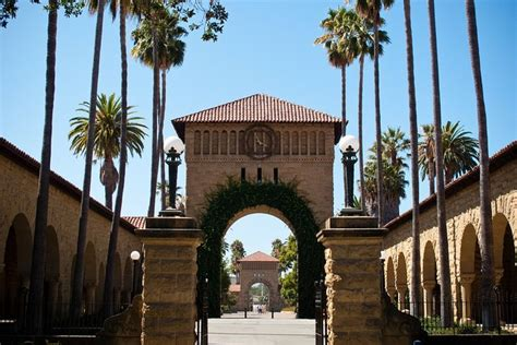 Stanford Mba Salary After 10 Years by Stanford Will Give A Free Ride To Students Willing To