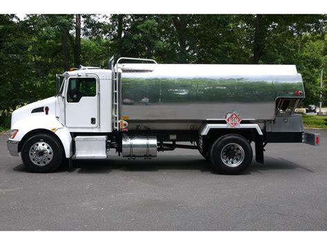 2011 kenworth trucks for sale 2011 kenworth fuel trucks lube trucks for sale used