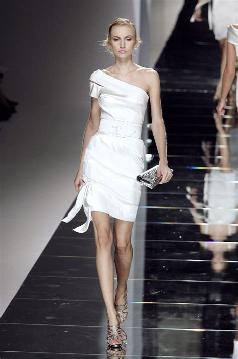 Stacey Picture From Fashion Week 2008 by Valentino 2008 Runway Pictures Stylebistro