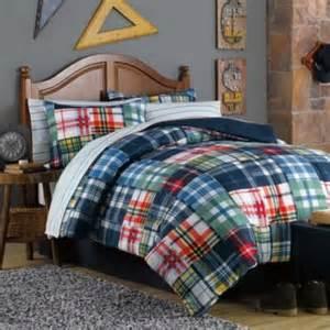 Nice plaid comforter for teenage boys