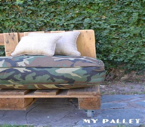 Outdoor Sofa Made From Pallets by Outdoor Sofa Made With Pallets Pallet Ideas Recycled