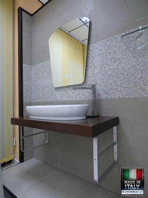 Mobili Bagno Legno Massiccio by Mobile Bagno Minimal Lusso Piano D Appoggio In Legno