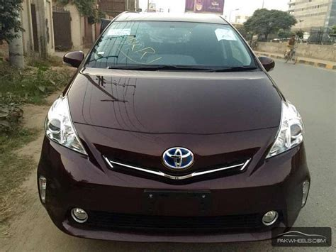 Toyota Alpha Toyota Prius Alpha 2014 For Sale In Lahore Pakwheels