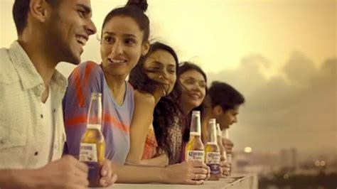 corona light commercial 2015 cross cultural beer caigns english spanish corona