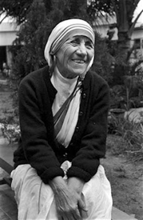 mother teresa biography in french 38 best mother teresa images on pinterest
