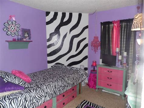 bedrooms for 12 year olds we re did my 9 year s room zebra all the furniture was re purposed all sanded