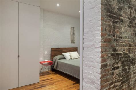 Painting Interior Brick by Create A Chic Statement With A White Brick Wall