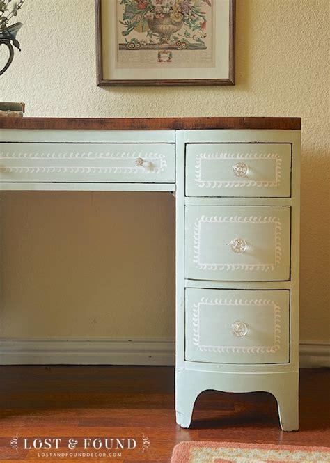 Vanity Craigslist by Free Craigslist Vanity Furniture Makeover