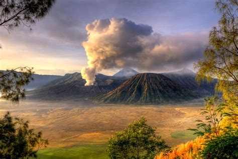 mount bromo volcano  christmas day  view  black flickr