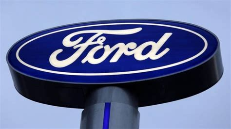ford hourly ford hourly us workers to get 9 000 profit bonus