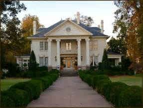 Southern Plantation Style Homes by Southern Style Plantation Home Dream Home Pinterest