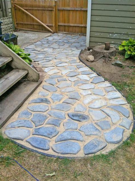 Using Stone Molds Diy Garden Ideas Pinterest Patio Molds