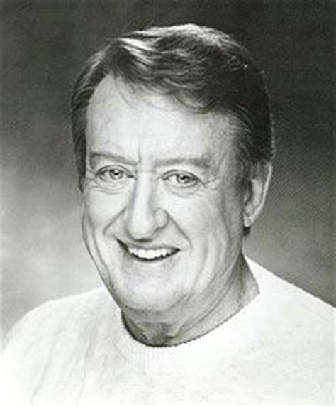 actor tom poston dies at 85 the superherohype forums