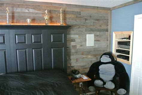 distressed wood accent wall hometalk accent wall made from distressed pallet wood