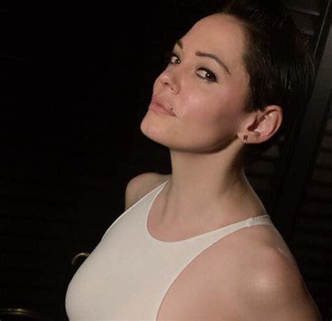 actress rose mcgowan quot chosen on crackle quot actress rose mcgowan turns heads in