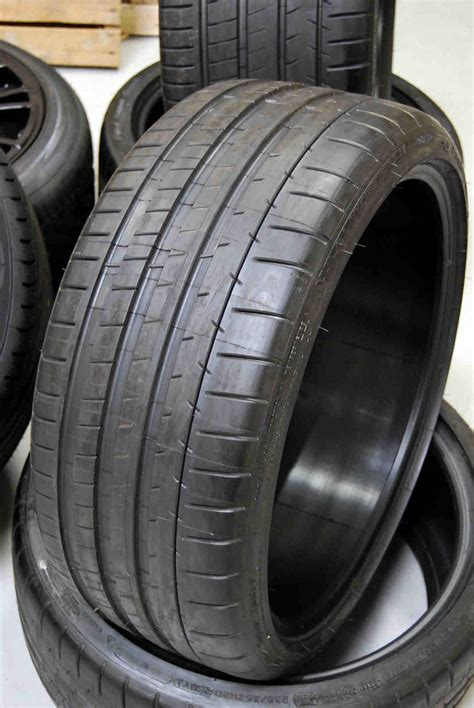 Michelin Pilot Super Sport 235 / 35 20 Set of 2