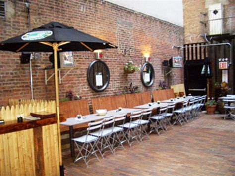 Pub Garden Ideas Garden Oasis In Nyc Picture Of The Mad Hatter Saloon