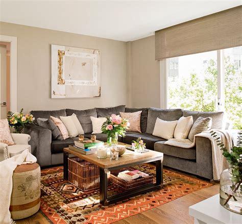 divani per soggiorno soggiorno divano grigio idee per il design della casa