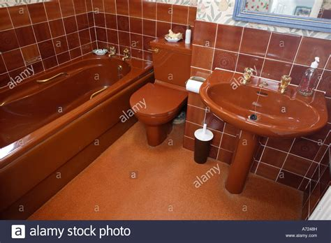 1970s bathroom tiles 1970 s brown bathroom suite stock photo royalty free image 11698720 alamy