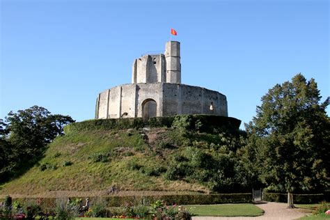 French Chateau Homes by File Chateau De Gisors Jpg Wikipedia