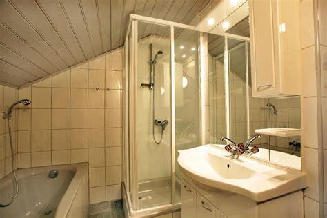 Badezimmer Komplett Preise badezimmer neu planen elvenbride