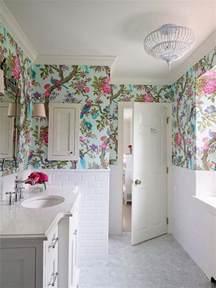 papier peint salle de bain offrant la possibilit 233 de