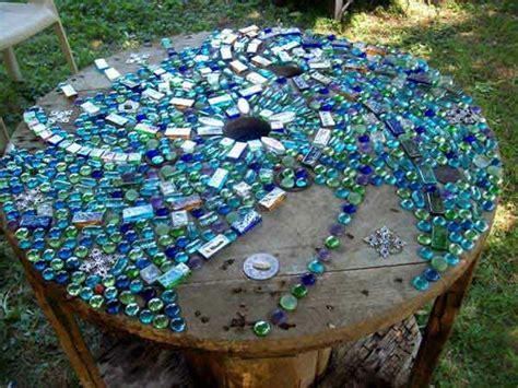 mosaik im garten gartentisch aus mosaik 30 modelle archzine net