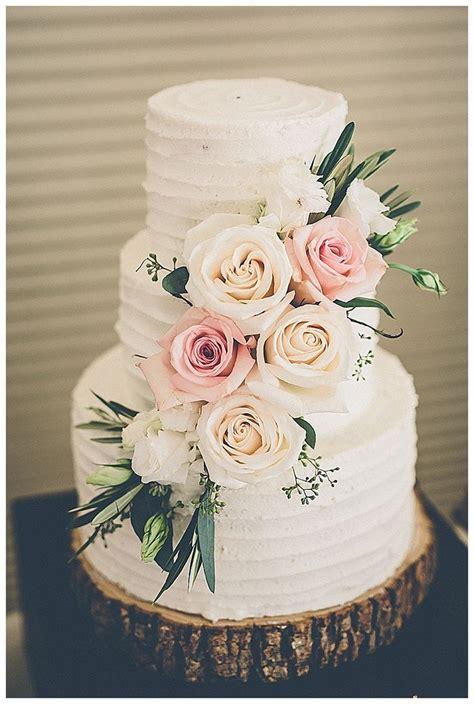 Simple Cheap Wedding Cake Ideas by Best 25 Summer Wedding Cakes Ideas On Summer