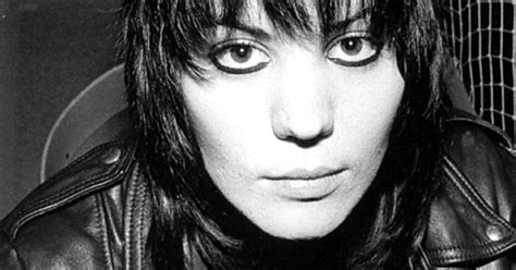 joan jett haircut is called joan jett 25 most iconic hairstyles of all time us weekly