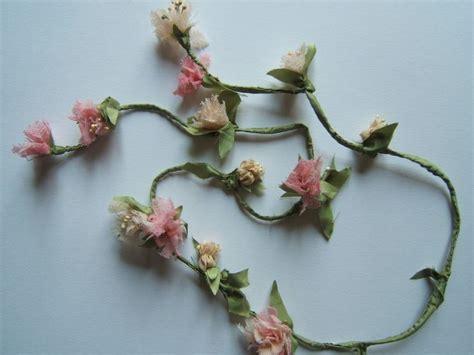 fiori di seta oltre 25 fantastiche idee su ghirlanda di stoffa su